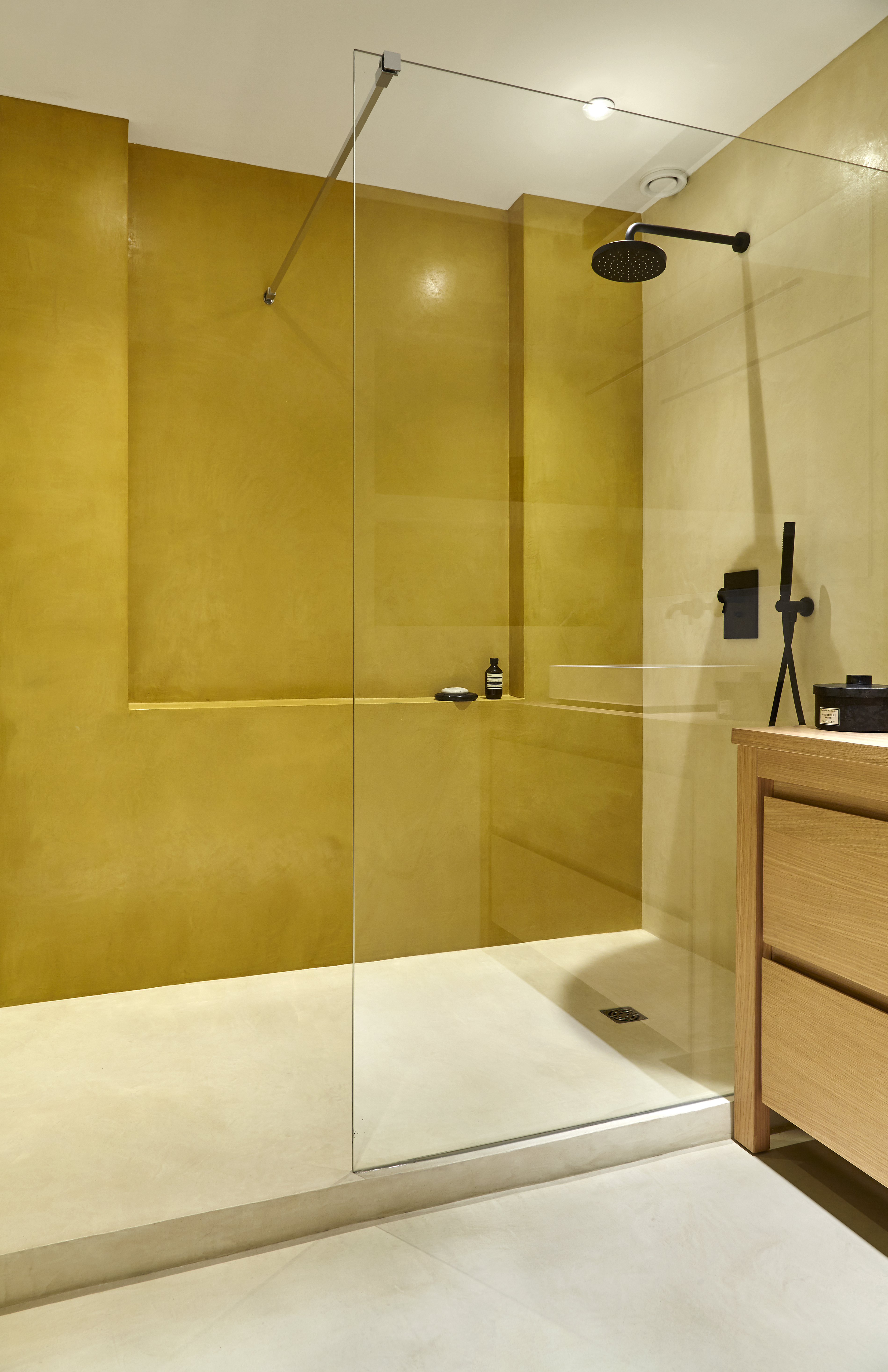 Mercadier-Salle-de-bains-EBC-Colonel-Amande-copyright-archi-Monique ...
